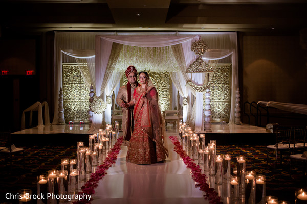 indian bride,indian wedding ceremony fashion,indian groom