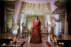 Gorgeous Maharani at her mandap capture.