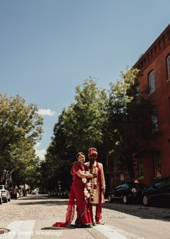 Gorgeus Indian couple's photo session.