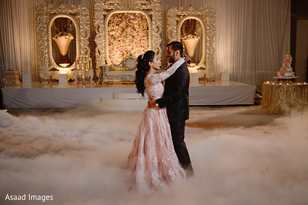 indian wedding reception,indian bride and groom,reception dance