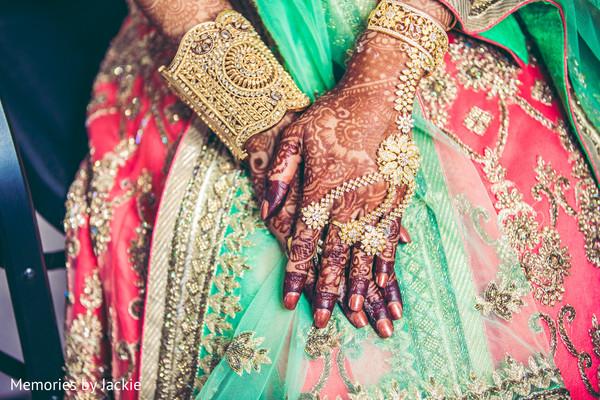 indian bride,mehndi,maharani,lengha