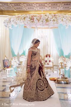 Lengha details of Indian bride