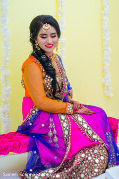 Astonishing Indian bridal posing for pictures