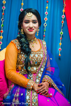 See this dazzling Indian bride prior to the ceremony