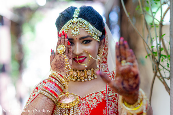 mehndi,maharani,venue,bridal jewelry