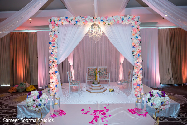 indian wedding,decor,venue,bride