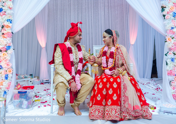 indian wedding,ceremony,venue,lengha