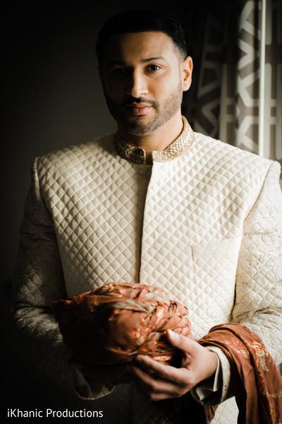 indian groom sherwani,indian groom turban
