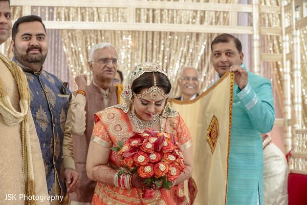 indian wedding ceremony,indian wedding rituals,indian bride