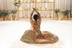 See this gorgeous Maharani posing