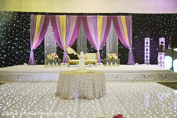 Incredible Indian wedding lights decoration capture.