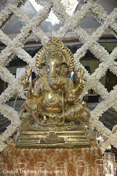 Stunning Ganesha statue decor.