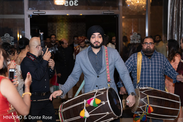 Baraat's Dhol players capture.