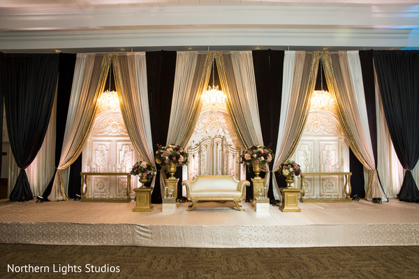 Impressive Indian wedding reception stage decor.