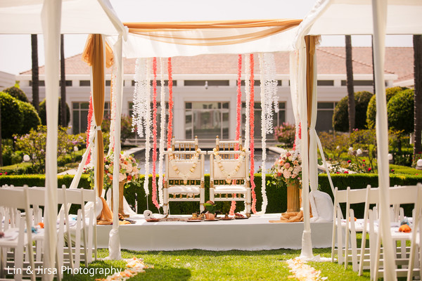 See this beautiful outdoor decoration