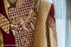 Details of Indian groom's sherwani