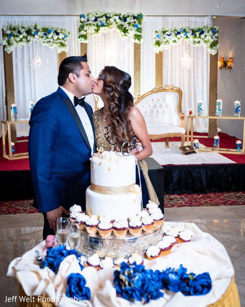 maharani,rajah,indian wedding reception,indian wedding cake