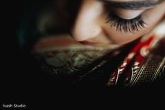 Incredible Indian bride makeup.