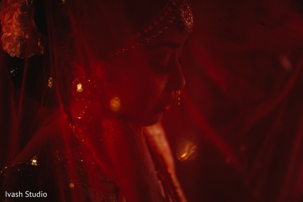 Wonderful Indian bridal photography.
