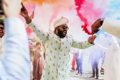Impressive Indian groom baraat celebration.