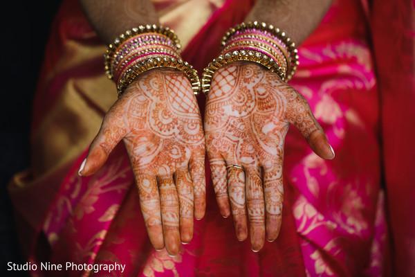 maharani,indian wedding ceremony fashion,bridal choora,mehndi
