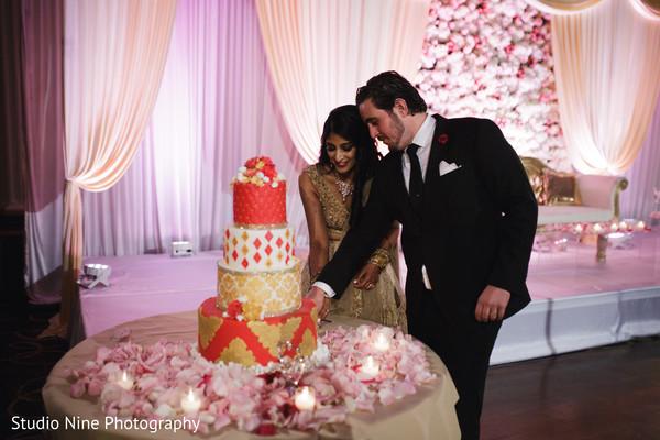 maharani,maharajah,indian wedding reception cake