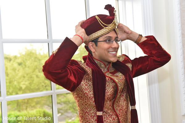 rajah,indian groom's turban,indian groom's ceremony fashion