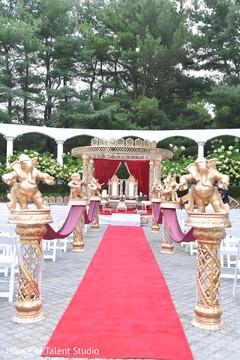 Astonishing indian wedding ceremony aisle decoration capture.
