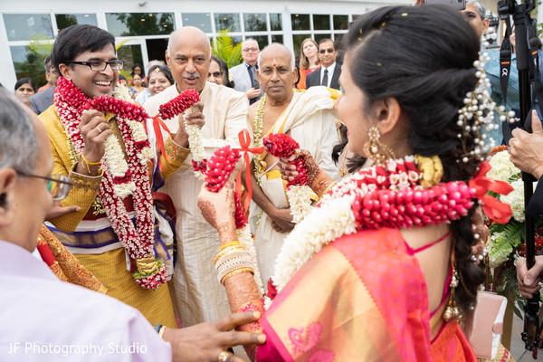 garlands,indian wedding ceremony rituals,jaimala,maharani and rajah