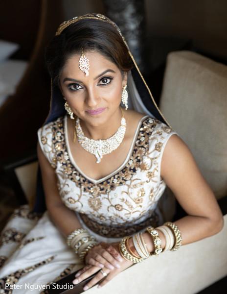 Ravishing Indian bridal photo session.