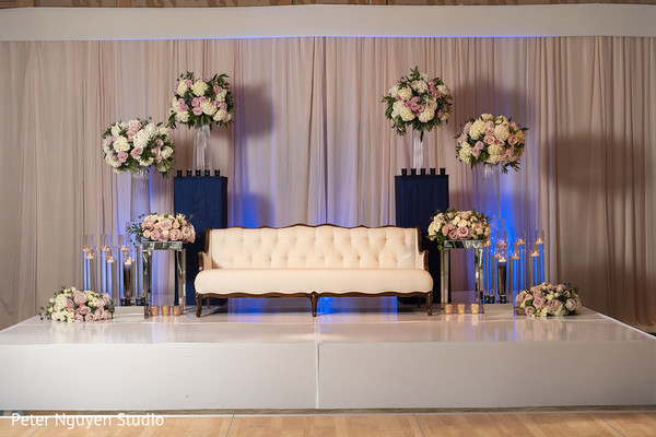 indian wedding reception stage decor,flowers decor