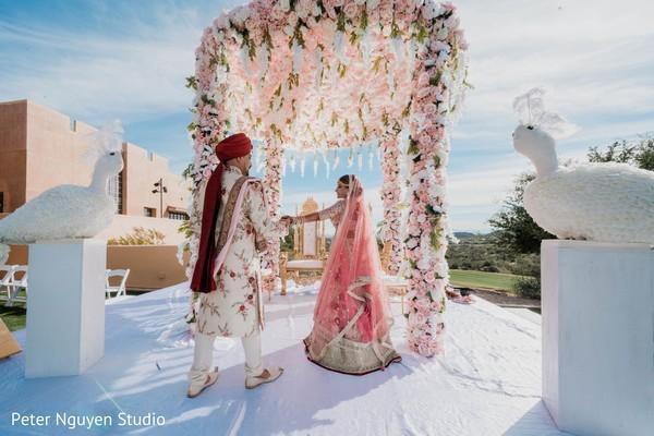 maharajah,maharani,mandap,flowers decor