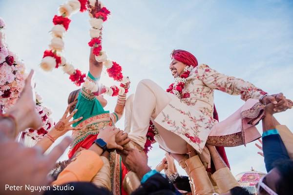 Cheerful Indian baraat outdoors photography.