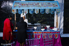 Food cart ready for guests