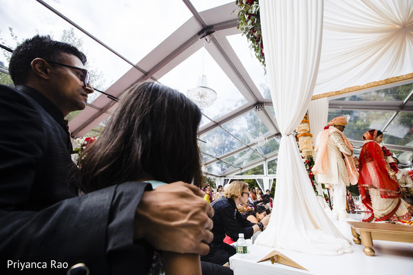 Capture of guests during the ceremony
