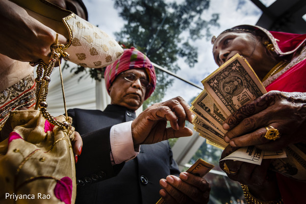 Detail of the Indian wedding rituals