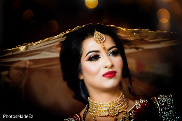 Flawless Indian bride's ceremony makeup.