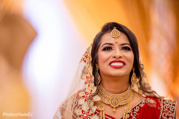 Ravishing Indian bride capture.