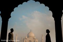 Maharani and Raja posing by the Tah Mahal