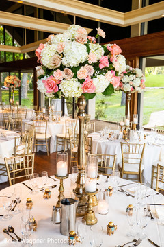 Floral arrangement design at the reception
