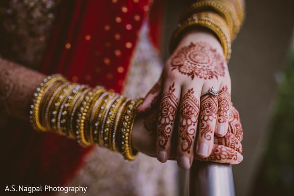 Indian bridal elaborated henna art.