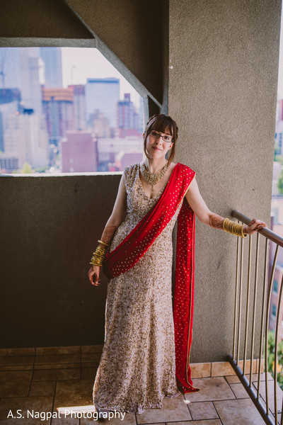 Enchanting Indian bride ready for ceremony.