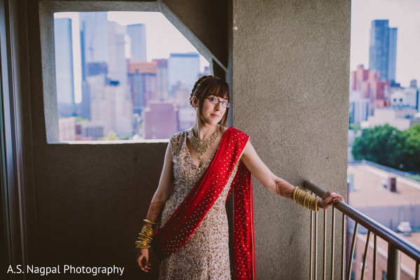 Outdoors Indian bridal photo shoot.