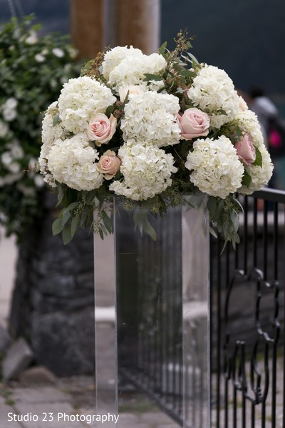 Floral arrangement design details