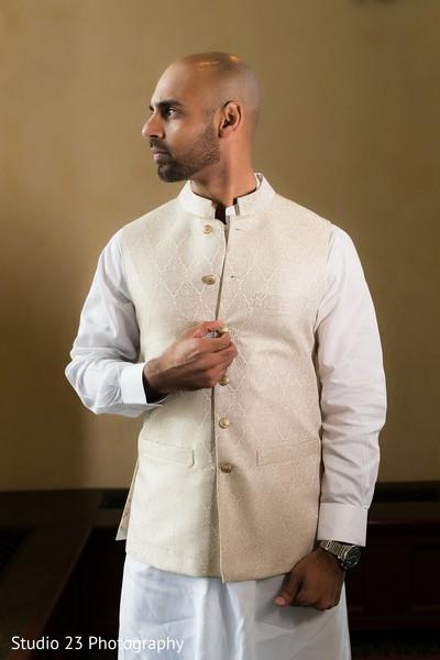 Indian groom sherwani details