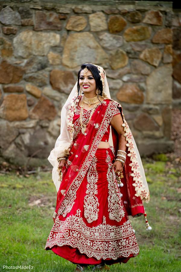 Enchanting Indian bride on her way to meet groom.