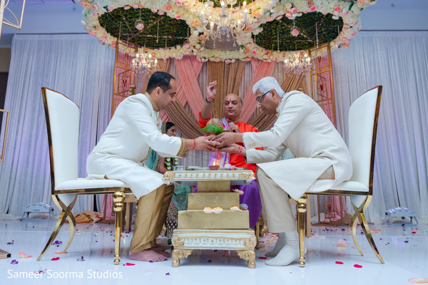 See this stylish Indian wedding ceremony