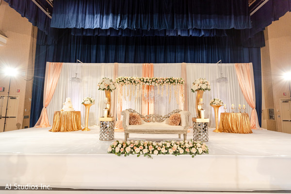 Marvelous Indian wedding stage decorations.