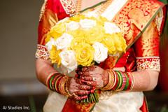 Stunning Indian bridal bouquet capture.