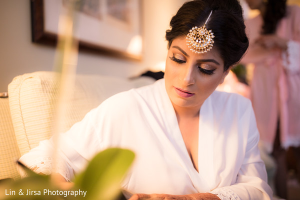 Maharani getting ready capture.